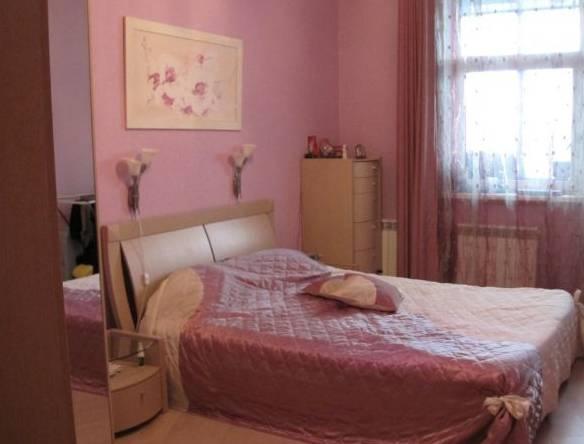3-комнатная квартира (100м2) в аренду по адресу Рашетова ул., 14— фото 2 из 6