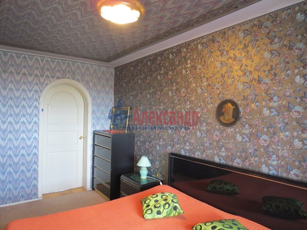 2-комнатная квартира (60м2) в аренду по адресу Планерная ул., 73— фото 1 из 10
