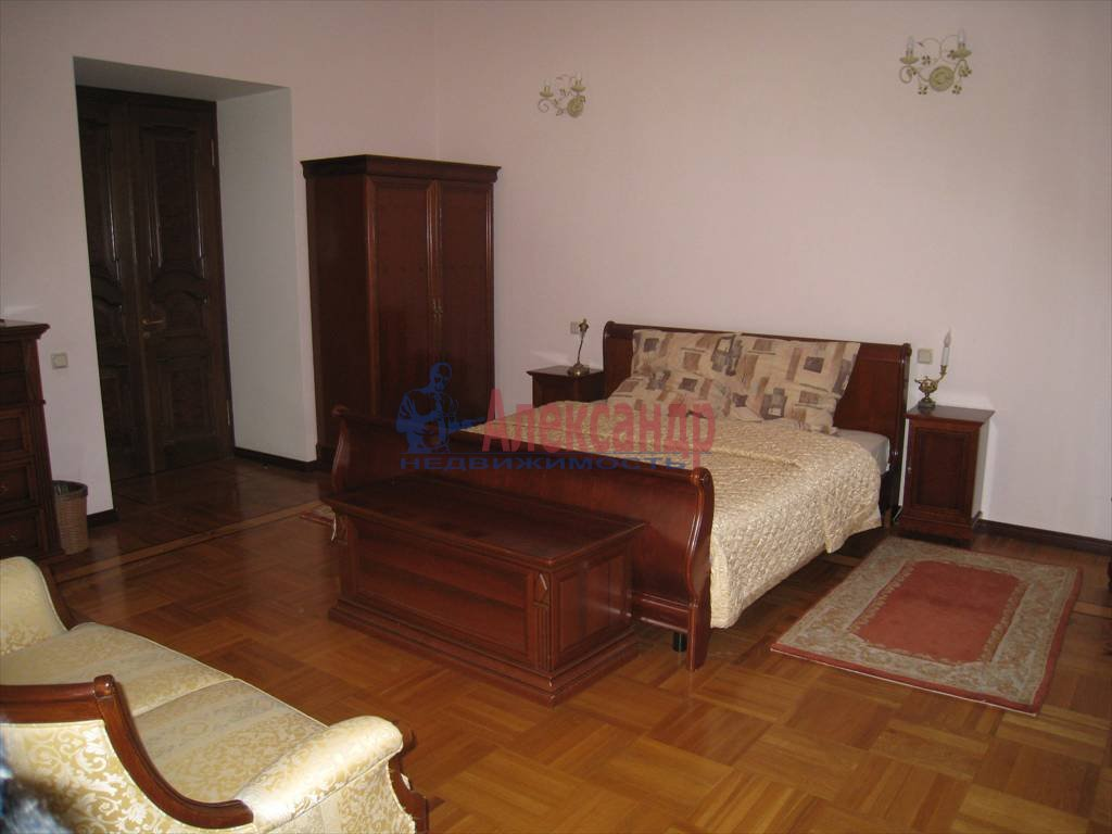 5-комнатная квартира (206м2) в аренду по адресу Канала Грибоедова наб., 19— фото 7 из 10