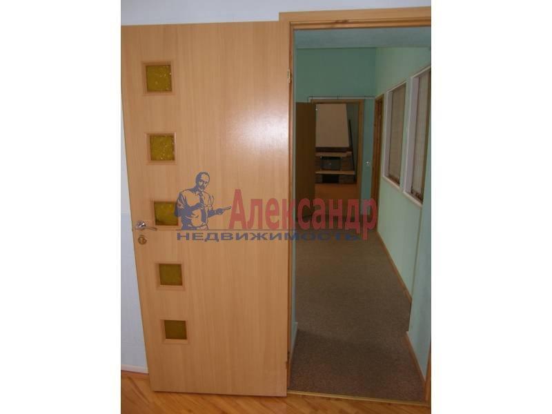 4-комнатная квартира (117м2) в аренду по адресу Большая Конюшенная ул., 5— фото 4 из 4