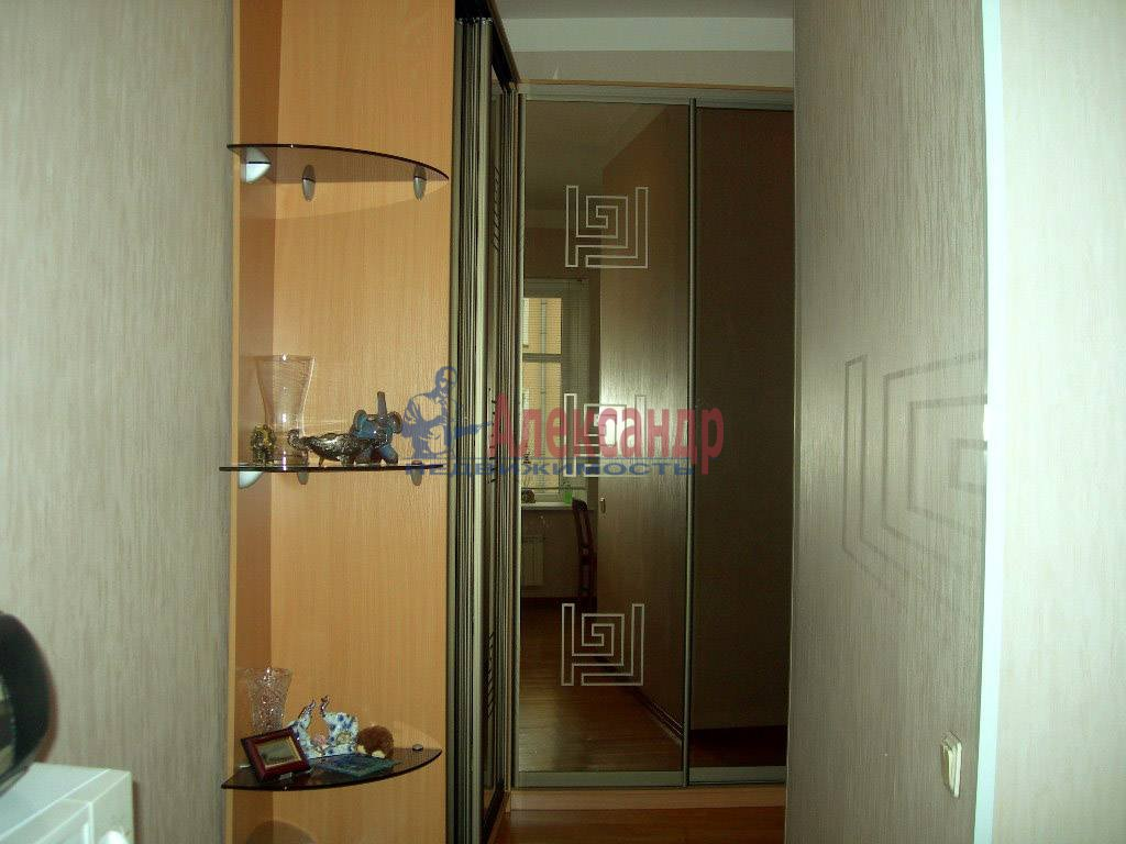 2-комнатная квартира (80м2) в аренду по адресу Невский пр., 158— фото 6 из 11