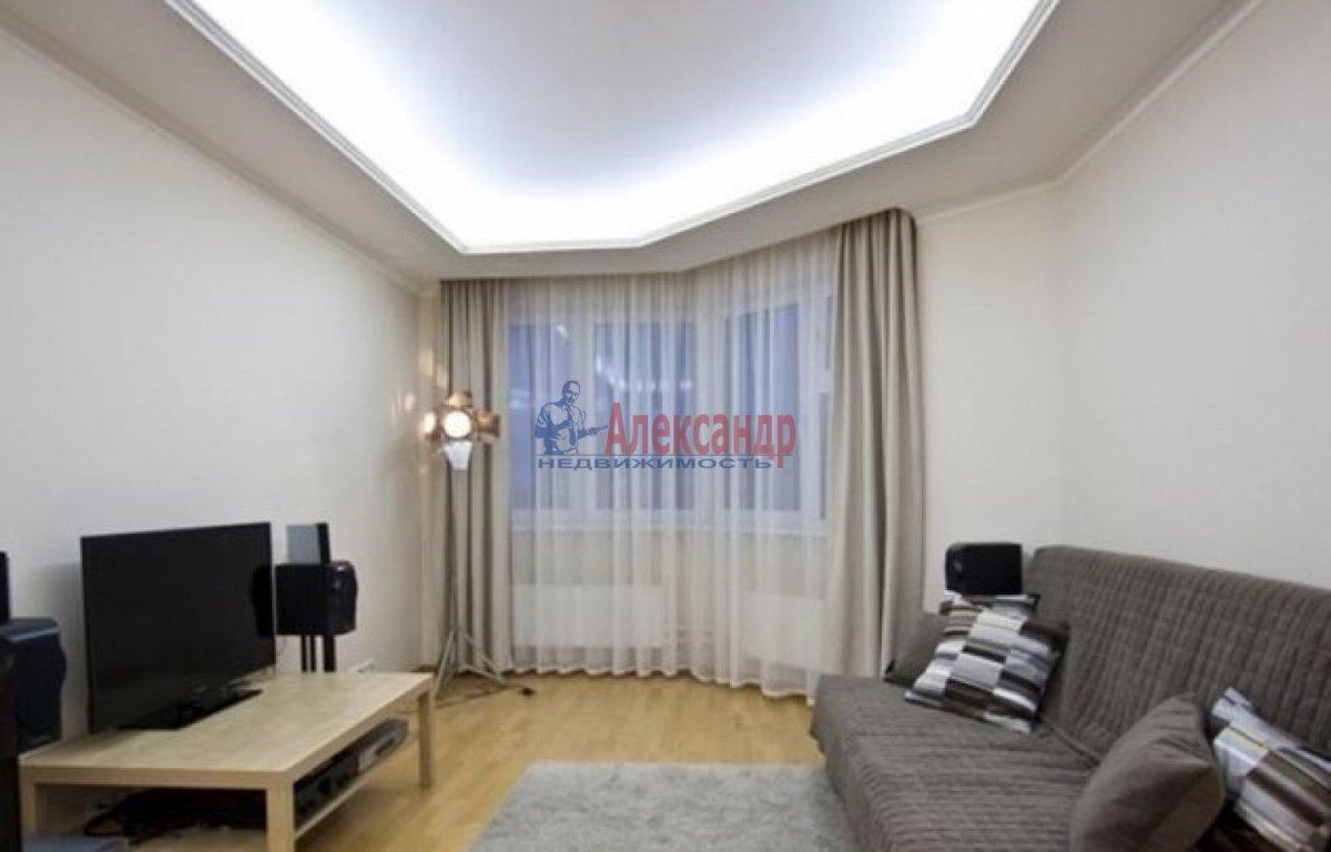 1-комнатная квартира (40м2) в аренду по адресу Коломяжский пр., 15— фото 1 из 3