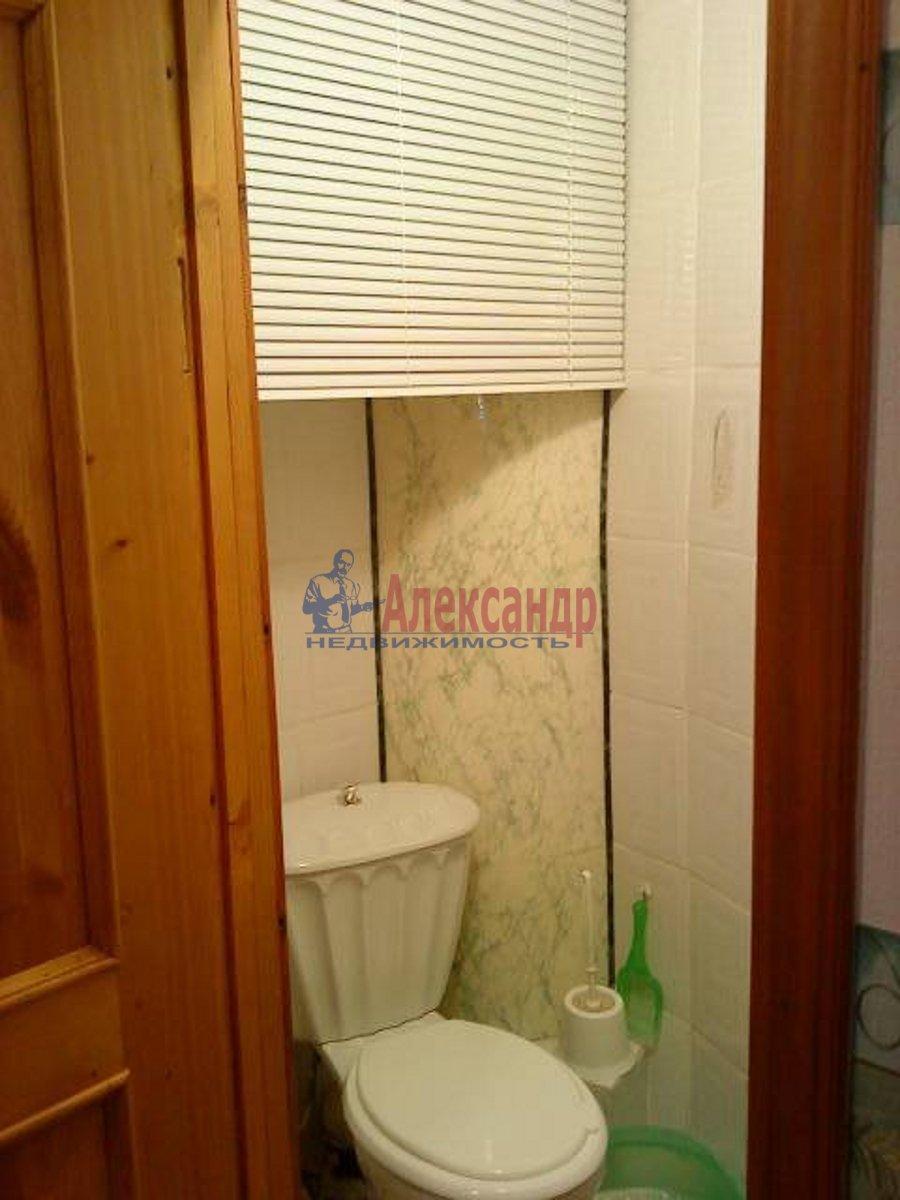 1-комнатная квартира (40м2) в аренду по адресу Блохина ул., 15— фото 2 из 3