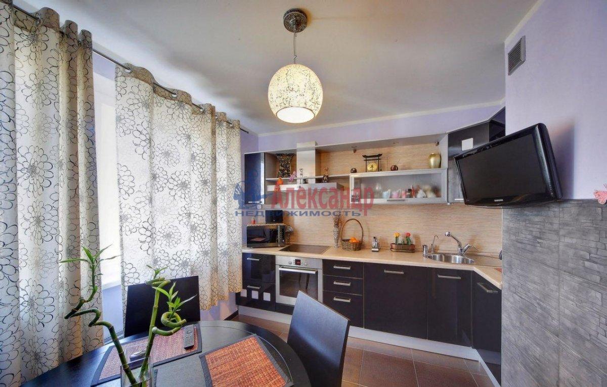 2-комнатная квартира (60м2) в аренду по адресу Ленинский пр., 114— фото 3 из 6