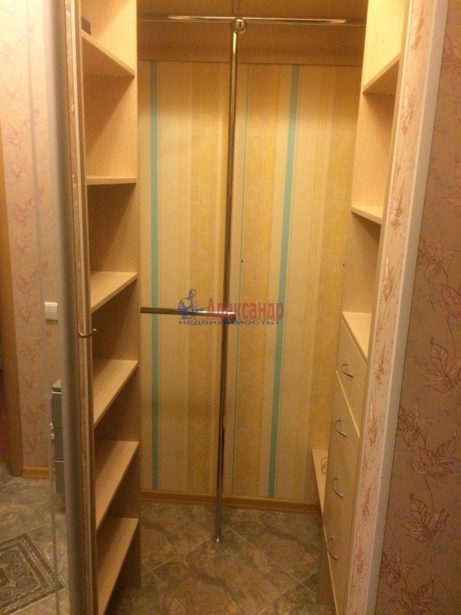 1-комнатная квартира (40м2) в аренду по адресу Космонавтов просп., 61— фото 2 из 11