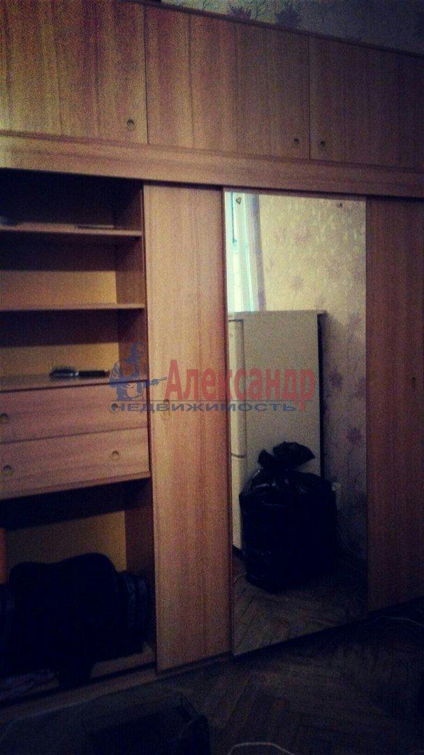 Комната в 2-комнатной квартире (47м2) в аренду по адресу Понтонный пос., Заводская ул., 3— фото 1 из 3