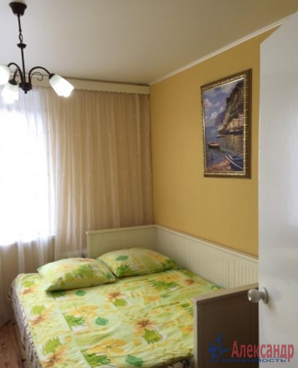 1-комнатная квартира (41м2) в аренду по адресу Обуховской Обороны пр., 110— фото 2 из 3