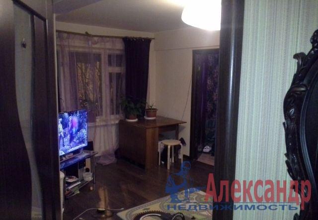 2-комнатная квартира (43м2) в аренду по адресу Гранитная ул., 46— фото 1 из 4