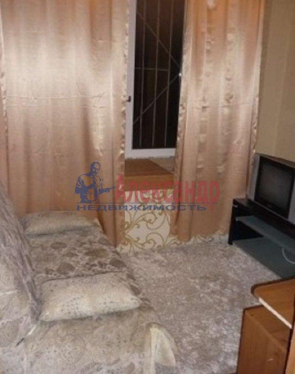 2-комнатная квартира (61м2) в аренду по адресу Туристская ул., 10— фото 3 из 7