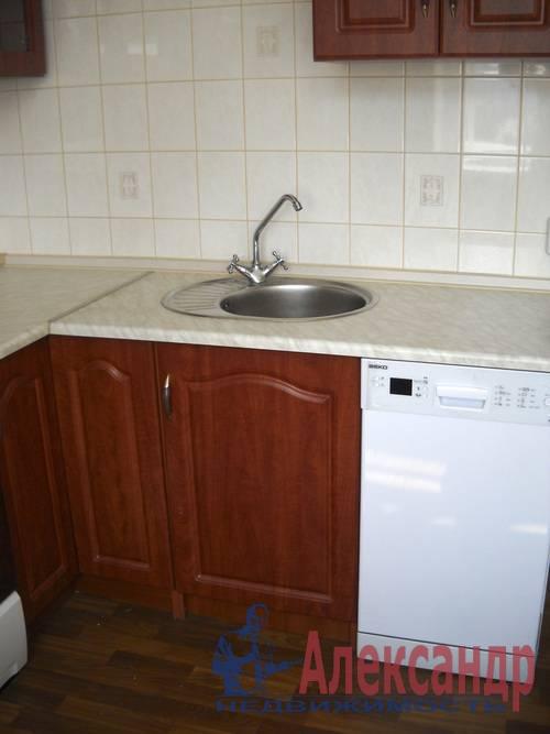 2-комнатная квартира (54м2) в аренду по адресу Новоизмайловский просп., 35— фото 3 из 7