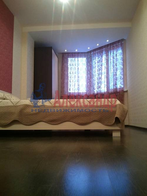 2-комнатная квартира (98м2) в аренду по адресу Обуховской Обороны пр., 138— фото 9 из 9