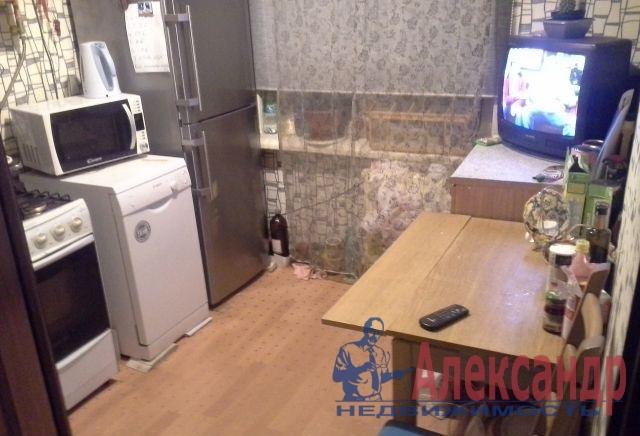 2-комнатная квартира (43м2) в аренду по адресу Гранитная ул., 46— фото 4 из 4