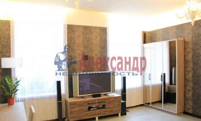 1-комнатная квартира (42м2) в аренду по адресу Невский пр., 40— фото 1 из 5