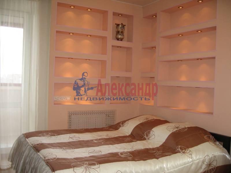 2-комнатная квартира (59м2) в аренду по адресу Балканская пл., 46— фото 3 из 6