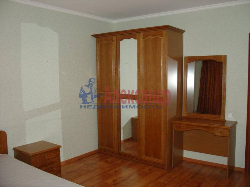 2-комнатная квартира (75м2) в аренду по адресу Заставская ул., 28— фото 4 из 6