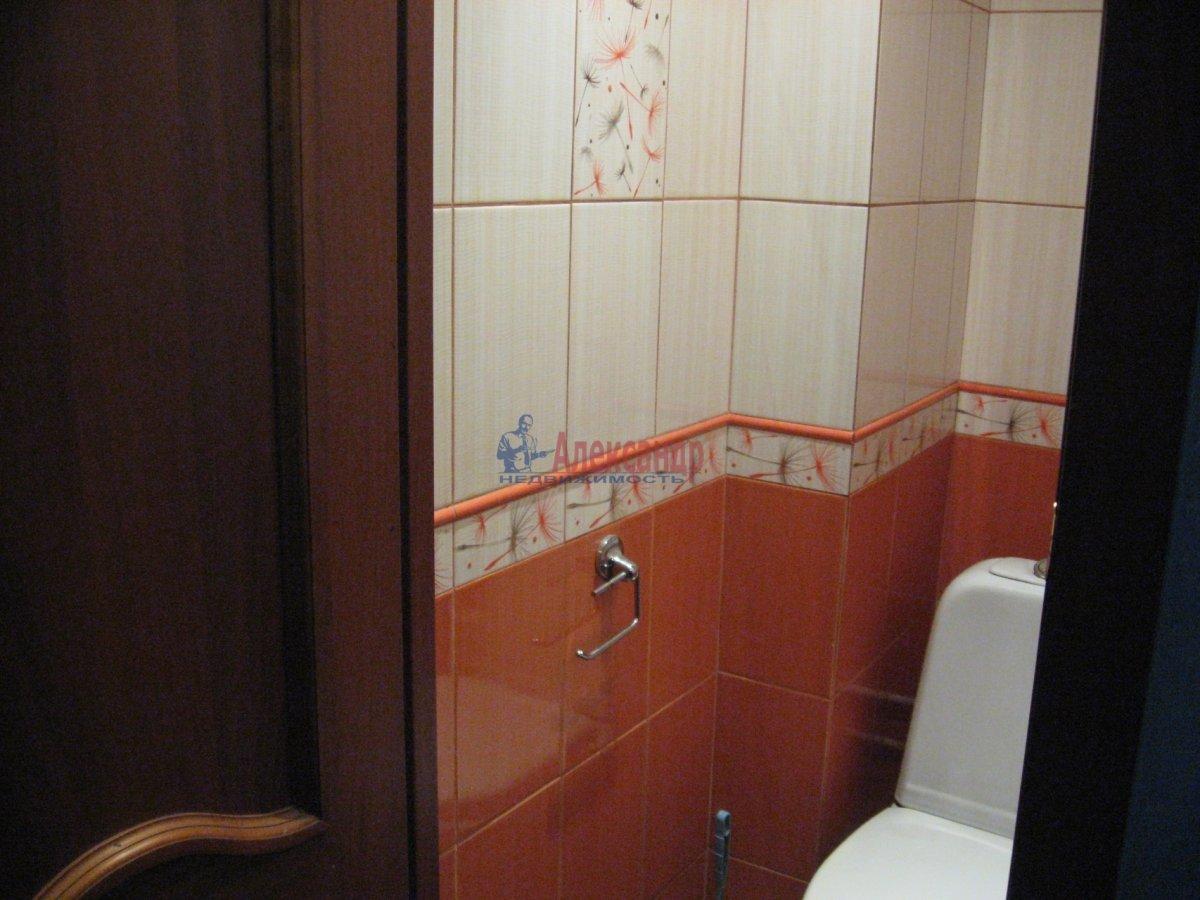 Комната в 2-комнатной квартире (55м2) в аренду по адресу Пограничника Гарькавого ул., 40— фото 4 из 6