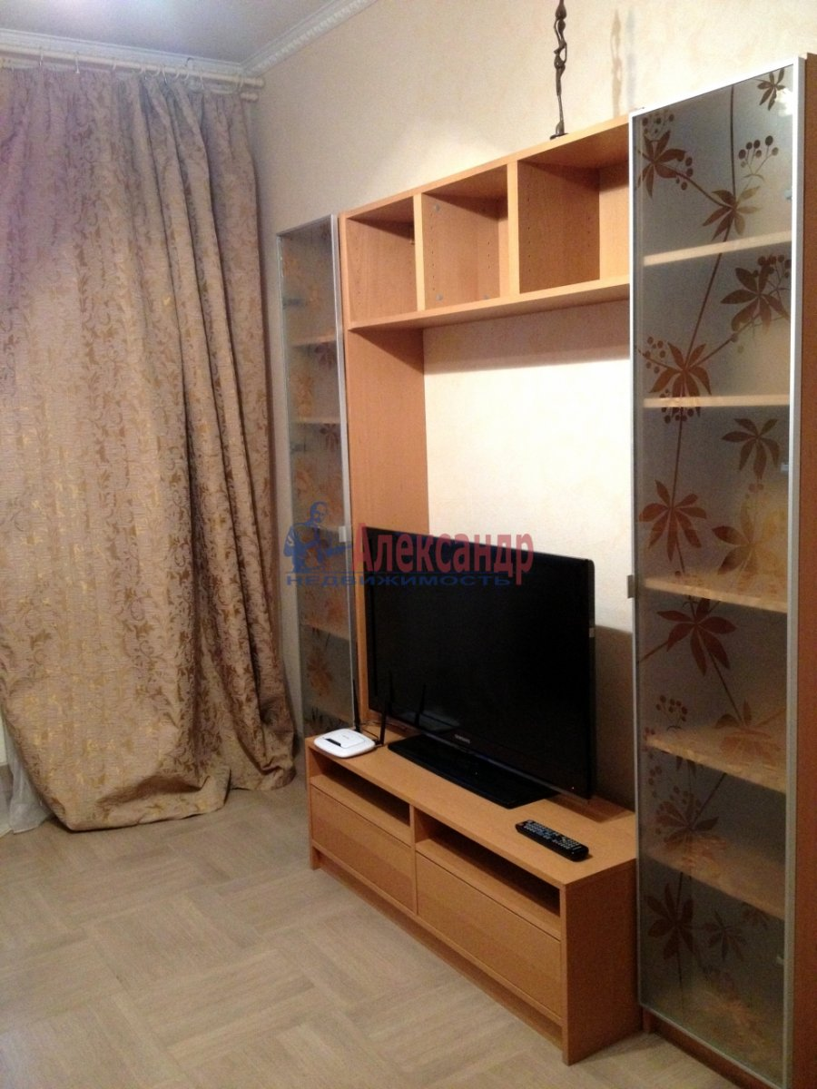 2-комнатная квартира (66м2) в аренду по адресу Дунайский пр., 31— фото 9 из 10