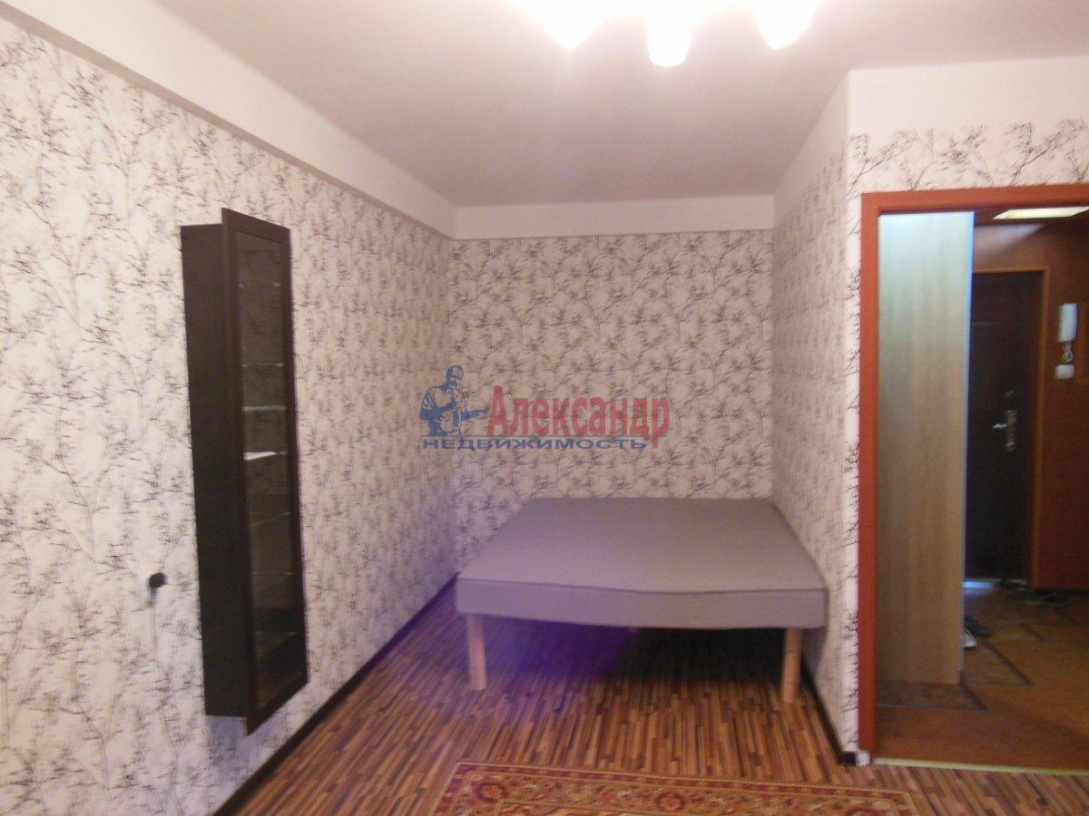 1-комнатная квартира (37м2) в аренду по адресу Гражданский пр., 104— фото 3 из 3