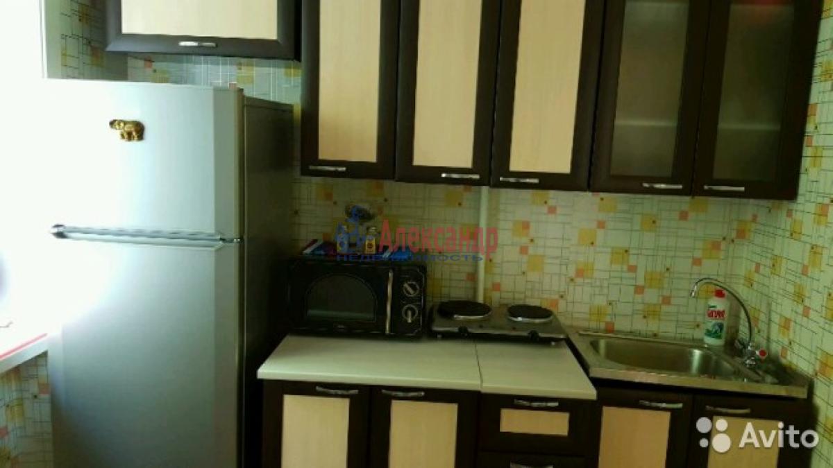 Комната в 3-комнатной квартире (73м2) в аренду по адресу Бассейная ул., 33— фото 7 из 8