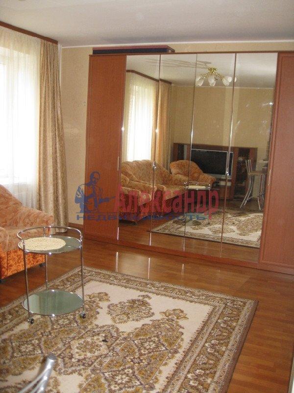 1-комнатная квартира (37м2) в аренду по адресу Пулковская ул., 8— фото 6 из 7