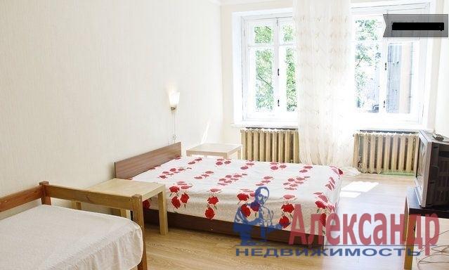 2-комнатная квартира (65м2) в аренду по адресу Лиговский пр., 168— фото 2 из 3