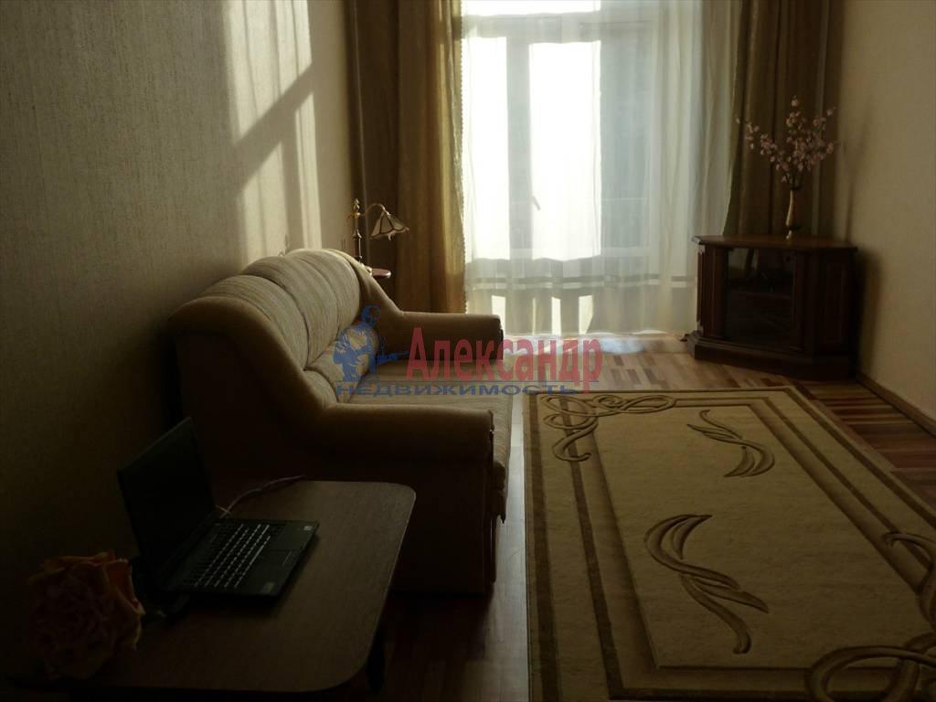 2-комнатная квартира (64м2) в аренду по адресу Большой пр.— фото 1 из 9