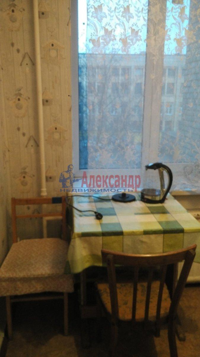 1-комнатная квартира (31м2) в аренду по адресу Новочеркасский пр., 51— фото 4 из 7