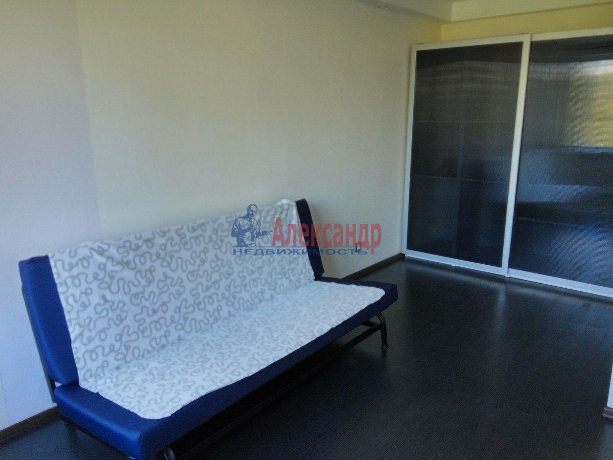 1-комнатная квартира (33м2) в аренду по адресу Художников пр., 19— фото 1 из 11