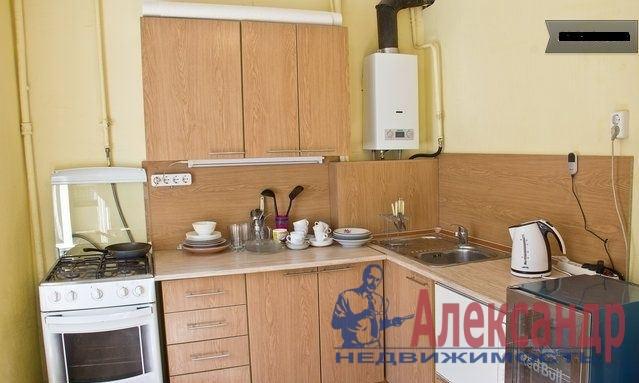 2-комнатная квартира (65м2) в аренду по адресу Лиговский пр., 168— фото 3 из 3