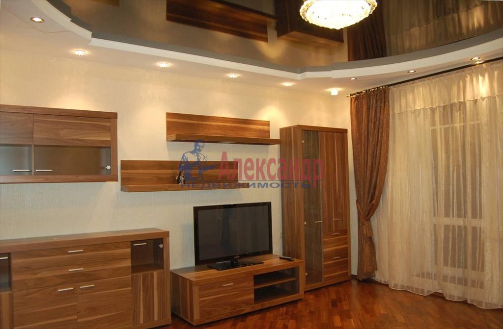 2-комнатная квартира (75м2) в аренду по адресу Нейшлотский пер., 11— фото 1 из 12