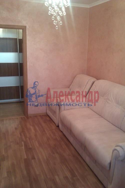 2-комнатная квартира (61м2) в аренду по адресу Коломяжский пр., 26— фото 8 из 12