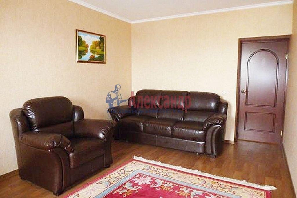 2-комнатная квартира (59м2) в аренду по адресу 13 Красноармейская ул., 23— фото 1 из 3