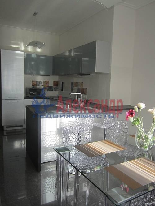 2-комнатная квартира (80м2) в аренду по адресу Исполкомская ул., 12— фото 5 из 13