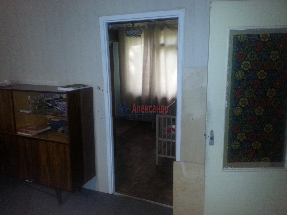 3-комнатная квартира (49м2) в аренду по адресу Лени Голикова ул., 24— фото 5 из 20