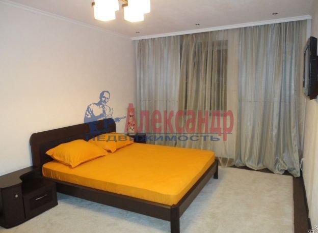 3-комнатная квартира (81м2) в аренду по адресу Энгельса пр., 107— фото 6 из 14
