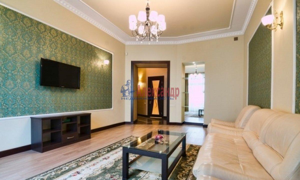 2-комнатная квартира (70м2) в аренду по адресу Богатырский пр., 49— фото 5 из 9