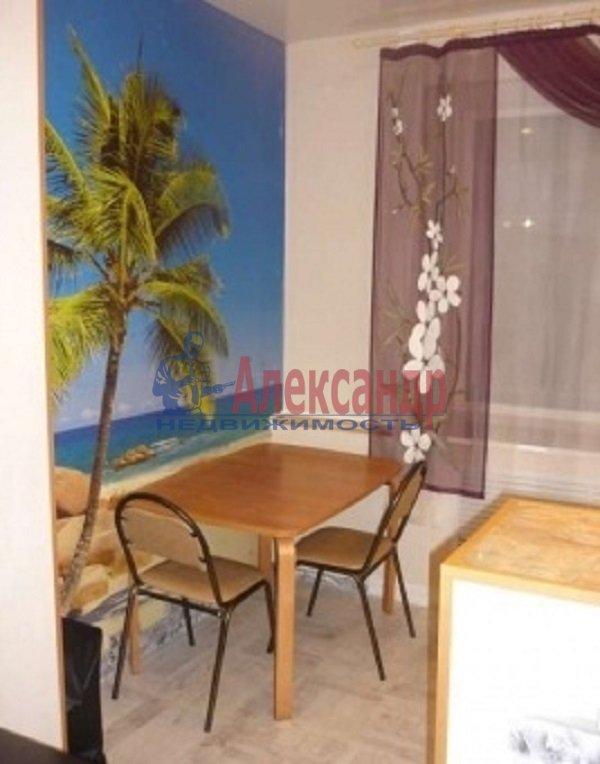 2-комнатная квартира (61м2) в аренду по адресу Туристская ул., 10— фото 7 из 7