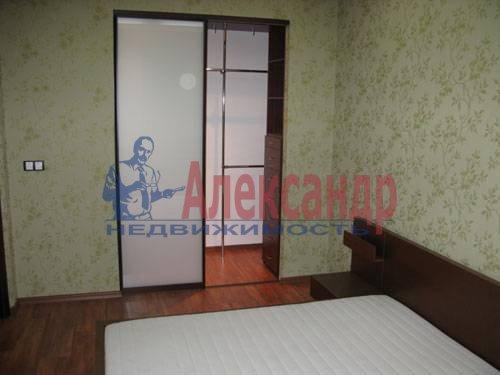 1-комнатная квартира (120м2) в аренду по адресу Новочеркасский пр., 33— фото 5 из 7
