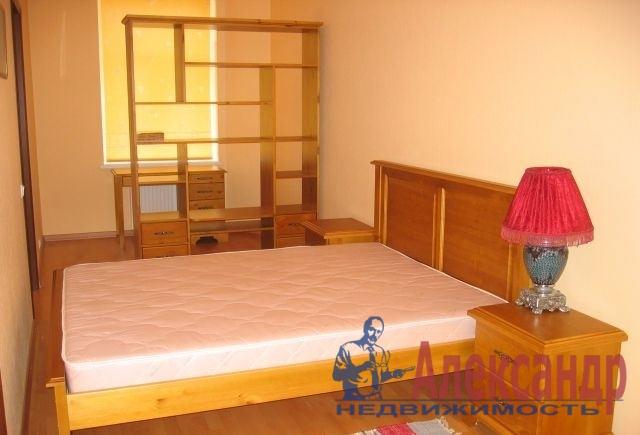 2-комнатная квартира (75м2) в аренду по адресу Реки Фонтанки наб., 30— фото 1 из 3