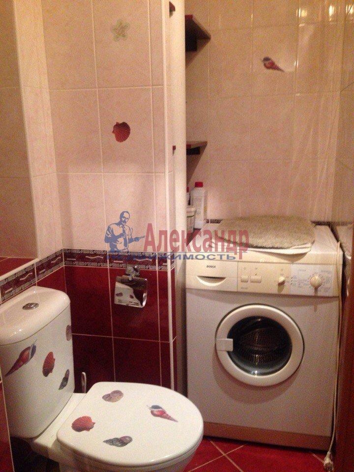 1-комнатная квартира (37м2) в аренду по адресу Передовиков ул., 29— фото 4 из 7