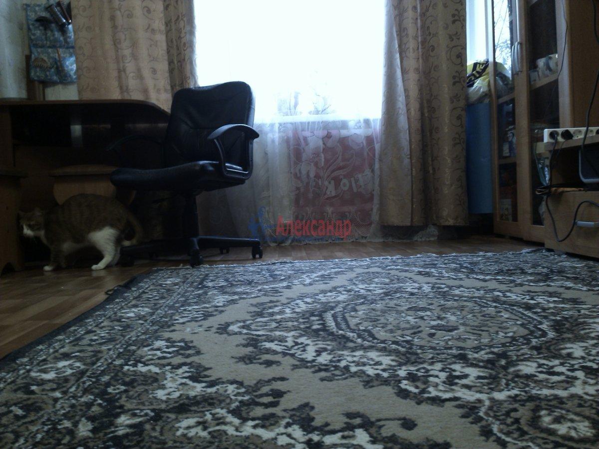 2 комнаты в 4-комнатной квартире (53м2) в аренду по адресу Черкасова ул., 21— фото 3 из 15