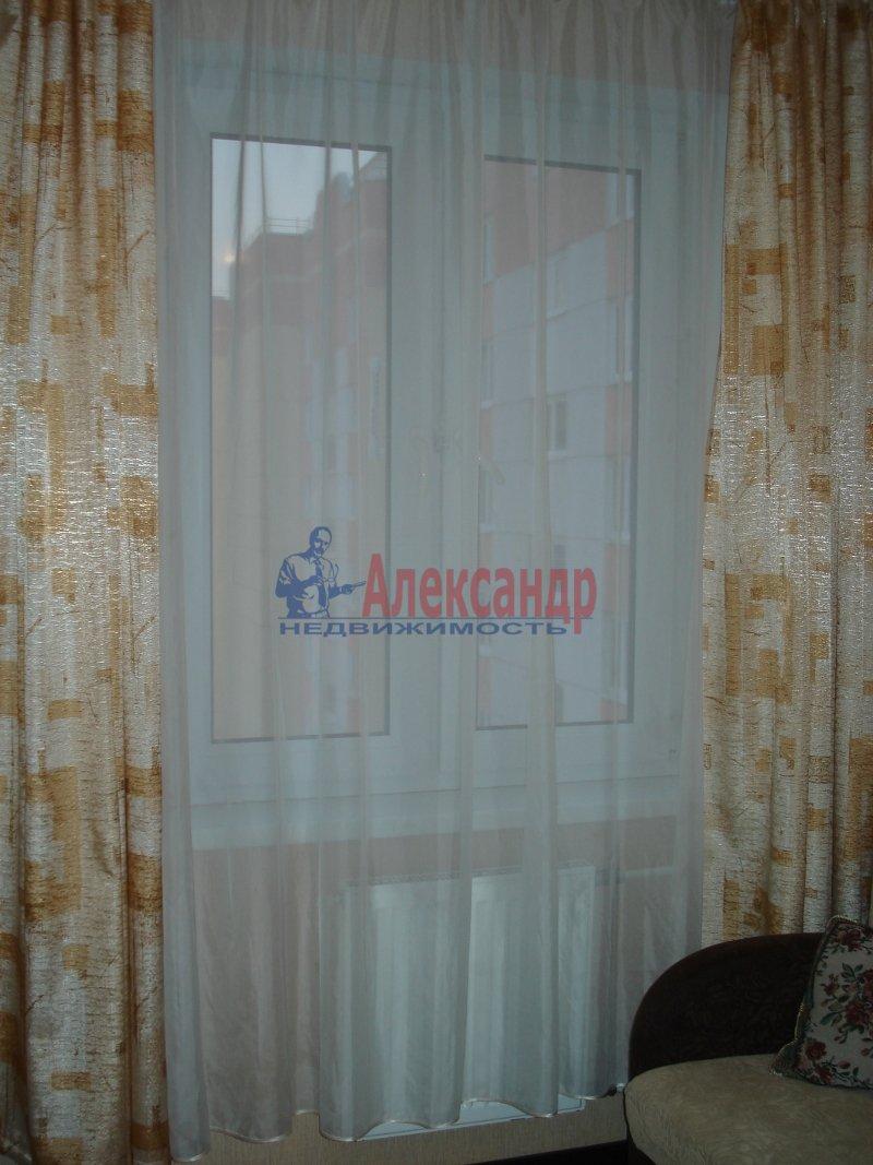 1-комнатная квартира (42м2) в аренду по адресу Колтуши пос., Верхняя ул., 1— фото 5 из 10
