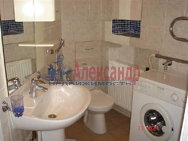 2-комнатная квартира (70м2) в аренду по адресу Каменноостровский пр., 35/75— фото 9 из 9