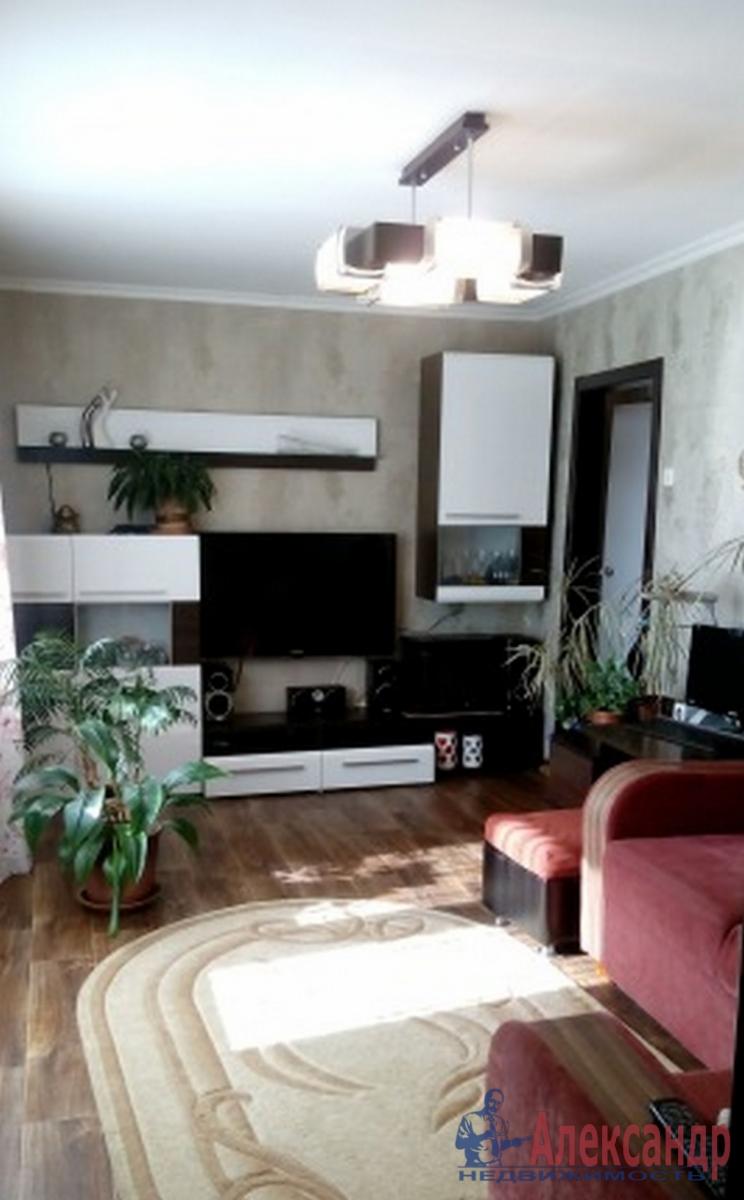 2-комнатная квартира (55м2) в аренду по адресу Авиационная ул., 15— фото 1 из 5