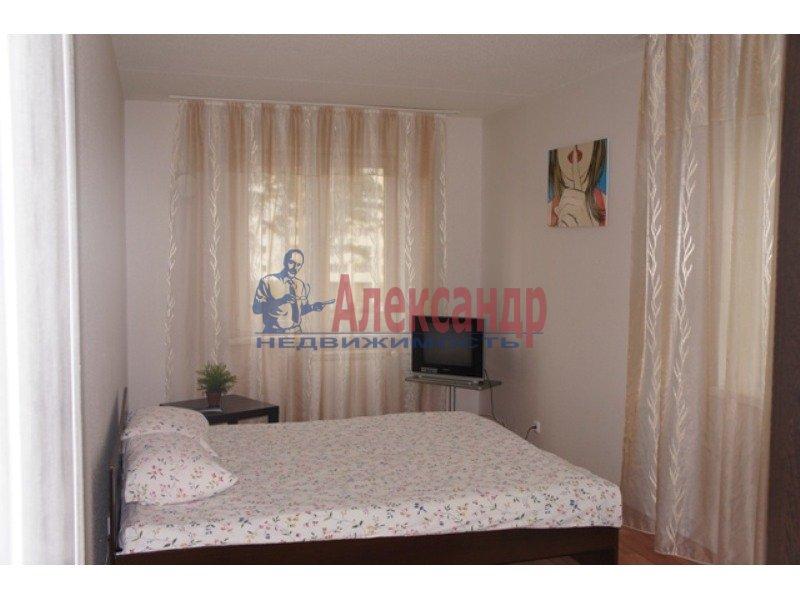 3-комнатная квартира (105м2) в аренду по адресу Просвещения пр., 15— фото 1 из 1