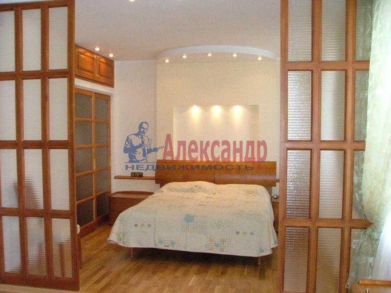 1-комнатная квартира (41м2) в аренду по адресу Славы пр., 52— фото 1 из 2