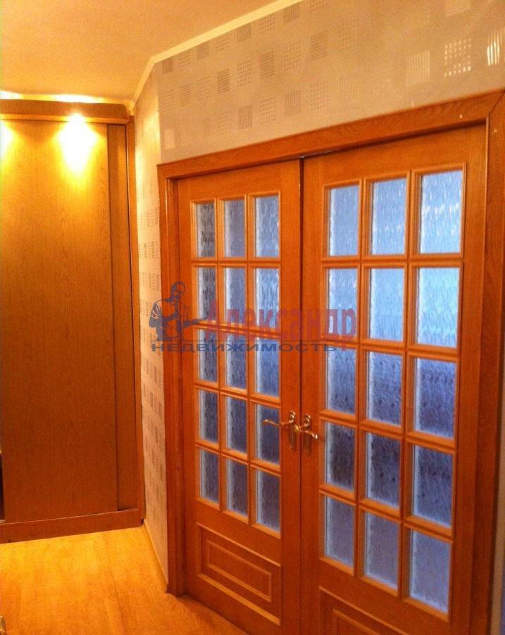 1-комнатная квартира (40м2) в аренду по адресу Московское шос., 2— фото 3 из 3