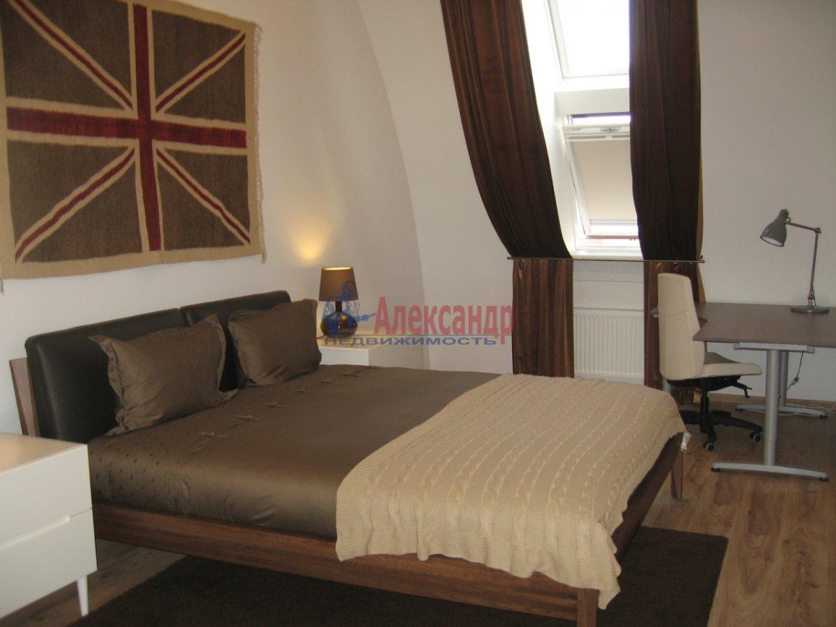 4-комнатная квартира (134м2) в аренду по адресу Детская ул., 18— фото 2 из 14