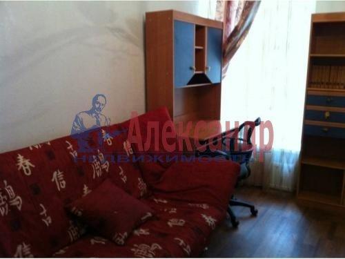 2-комнатная квартира (55м2) в аренду по адресу Гжатская ул., 5— фото 3 из 5