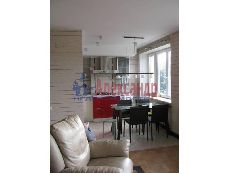 1-комнатная квартира (50м2) в аренду по адресу Ординарная ул., 21— фото 2 из 12